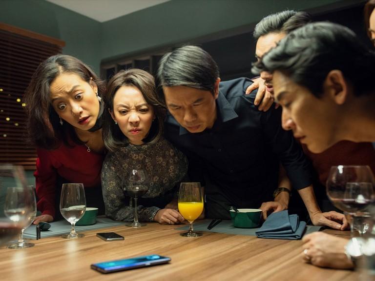 Review phim Tiệc trăng máu: Dương quá căng