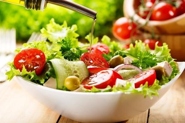 10 công thức salad giảm cân đơn giản, dễ làm ngay tại nhà cho bữa tối ngon miệng