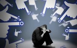 Mạng xã hội là gì? 10 tác hại không ngờ của mạng xã hội đối với con người