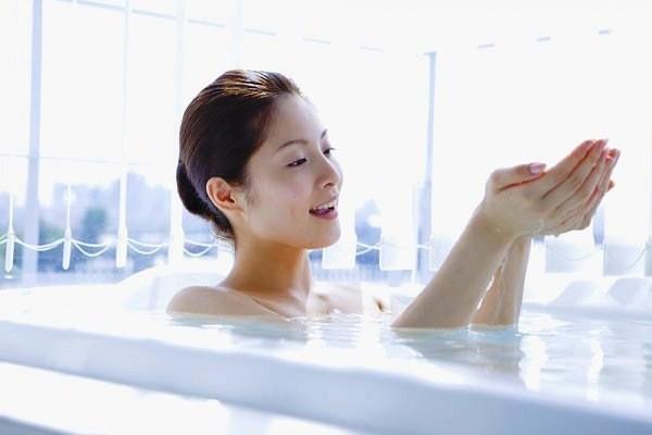 8 sai lầm gây hại chúng ta thường hay mắc phải khi tắm đó là gì?
