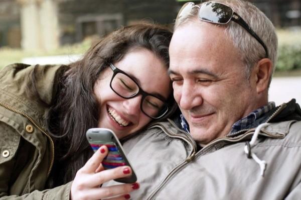Thấm thía lời cha dạy con gái về cách chọn chồng khiến ai cũng phải cay mắt