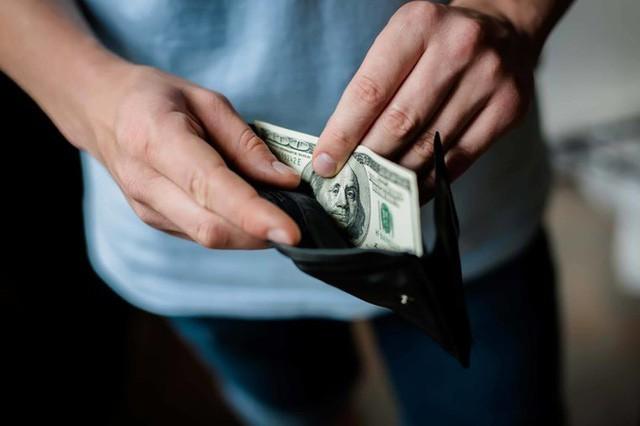 Xem ngay chuyên gia tài chính chia sẻ lời khuyên về cách dạy con bạn về tiền ở mọi lứa tuổi