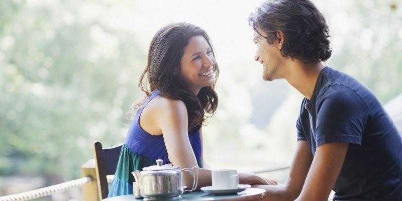 Phụ nữ khôn ngoan không nhìn đàn ông đối tốt với thiên hạ mà nhìn cách anh ta cư xử với mình