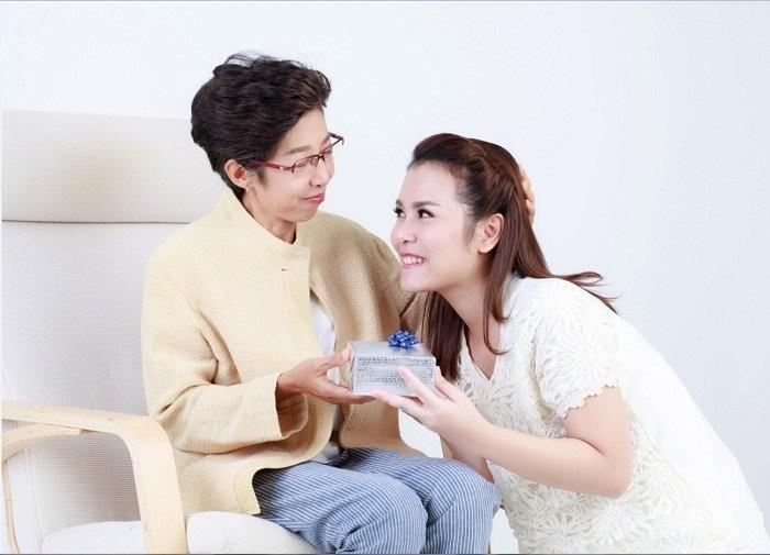 Lắng nghe lời Phật dạy về mẹ chồng nàng dâu - Tốt với người trước rồi mọi sự sẽ êm
