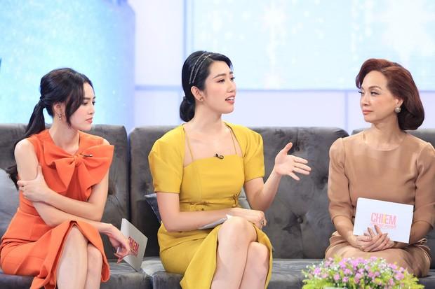 Hương Giang liên tục phản ứng trước những quan điểm của đạo diễn Lê Hoàng.