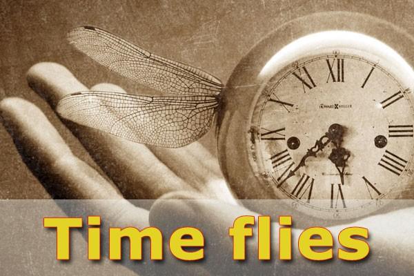 Thời gian trôi nhanh bằng tiếng Anh - Thành ngữ tiếng Anh chỉ thời gian hay - Thời gian trôi qua Tiếng Anh