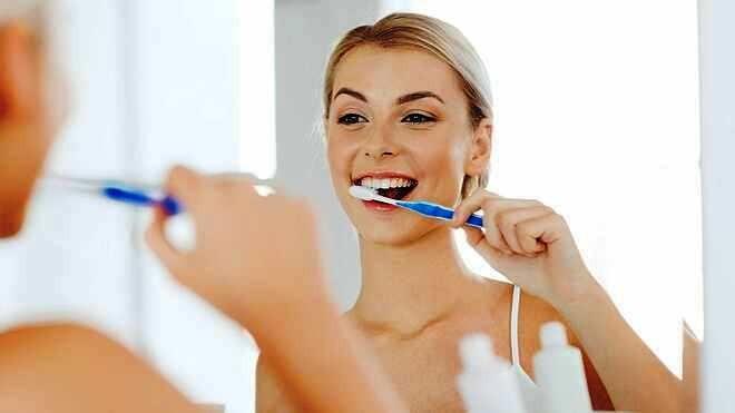 Chăm chỉ đánh răng ngày 2 lần, tại sao hơi thở vẫn không thơm tho?