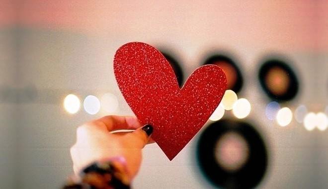 Bùa yêu là gì? Sự thật về bùa yêu và tác hại khôn lường