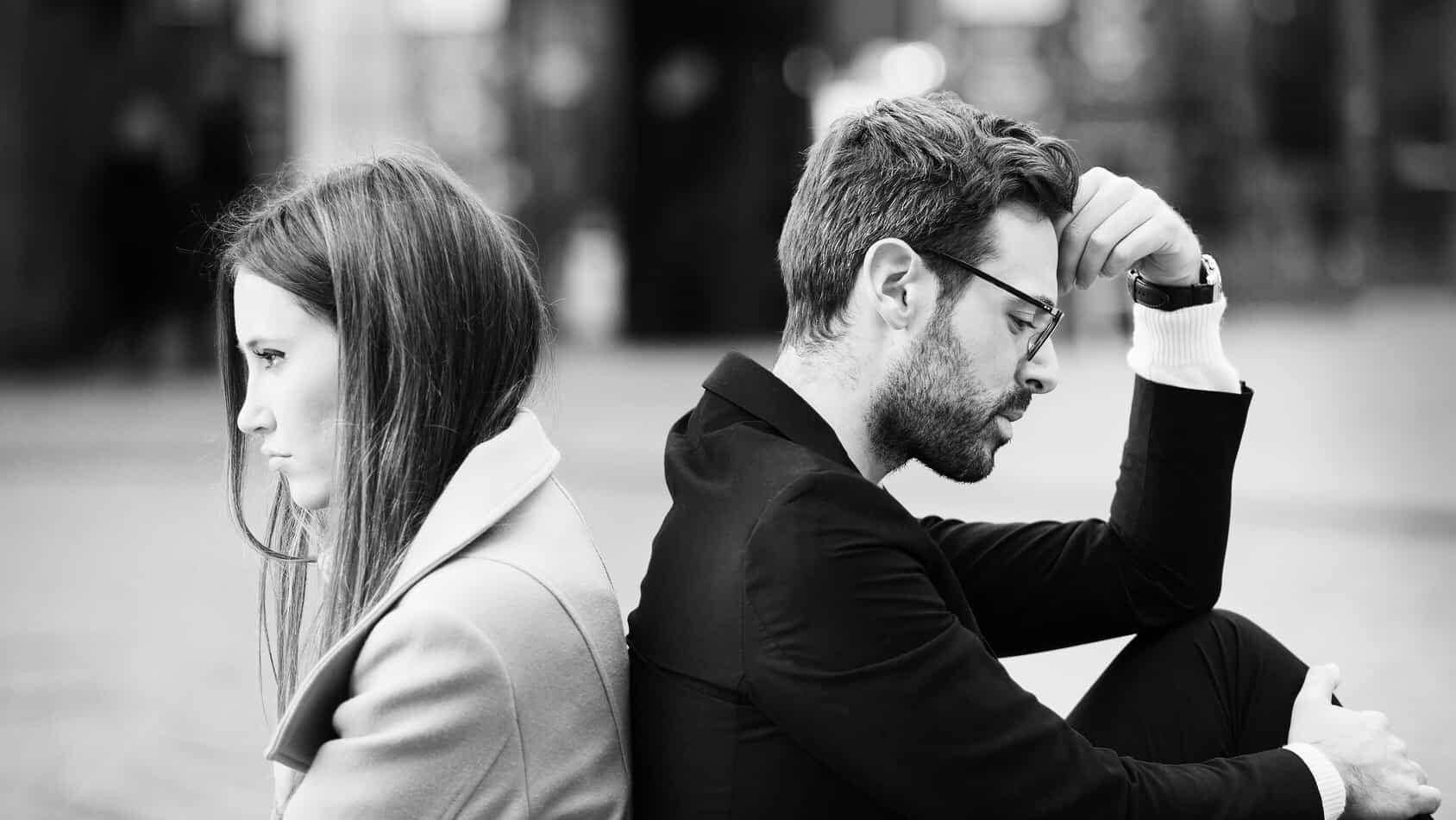 10 loại mối quan hệ độc hại bạn cần thoát khỏi ngay lập tức