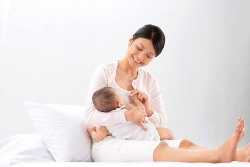 Có phải bé bú mẹ bị dị ứng?