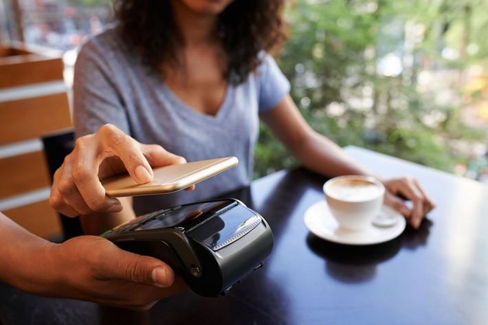 Phụ nữ thông minh nên biết thêm 8 mẹo cực hay với điện thoại này nhé