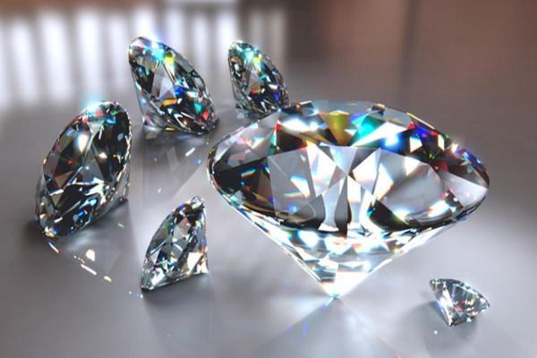 Tại sao Kim cương lại đắt giá? Top 10 bức ảnh kim cương đẹp lộng lẫy