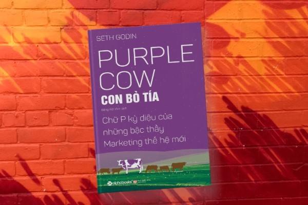 Review sách Con bò tía: Huyền thoại tạo ra sự khác biệt trong kình doanh