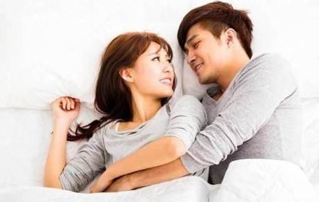 """""""Quan hệ vợ chồng"""" ở thời điểm này trong ngày không chỉ gia tăng hòa hợp mà còn nhận về loạt lợi ích tốt hơn cả dùng thuốc bổ"""