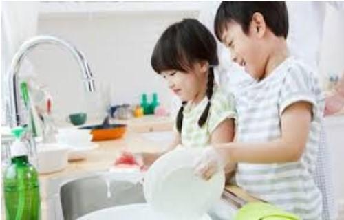 Quy tắc '5 phải, 3 không' dành cho cha mẹ trong giáo dục con cái
