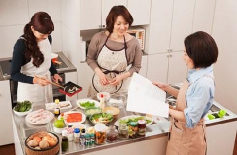 Phụ nữ làm nội trợ ngày càng được coi trọng